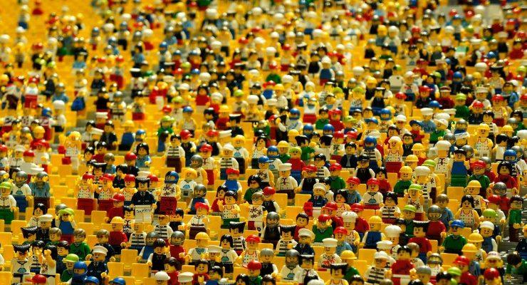 Una multitud contra el canon