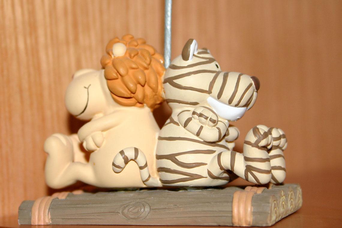 Sujetapapeles con un tigre y un león 2