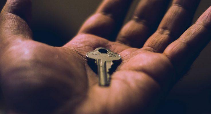 Bitácoras educativas llave en mano
