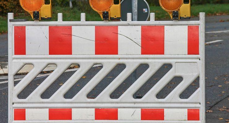 Señal de carretera bloqueada