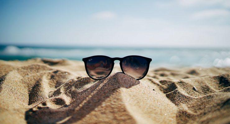 Gafas en la playa