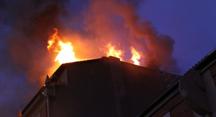 Reportero de sucesos: incendio en la calle Tafalla, 3