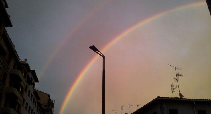 El arco iris, desde el cruce de las calles Aralar y Gorriti, 2