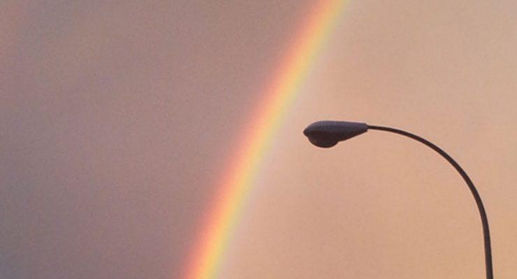 El arco iris, desde el cruce de las calles Aralar y Gorriti, 5