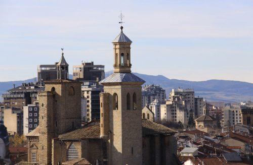 Torres de la Iglesia de San Saturnino 2