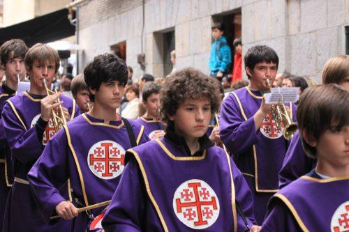 Grupo de cornetas y tambores