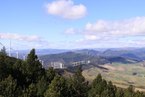 Molinos eólicos en la Sierra del Perdón