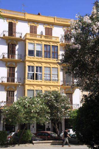 Edificios en el Paseo de Vara de Rey, Ibiza