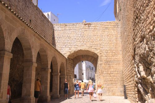Patio de armas de la fortificación