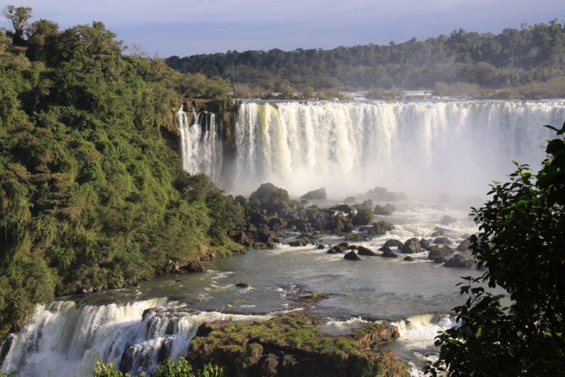Salto San Martín y río Iguazú