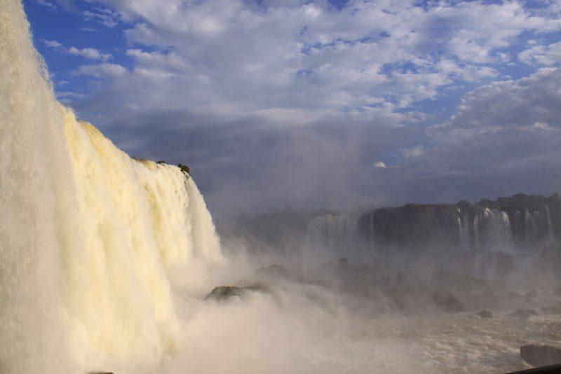 Base de las cascadas, en el lado brasileño 4