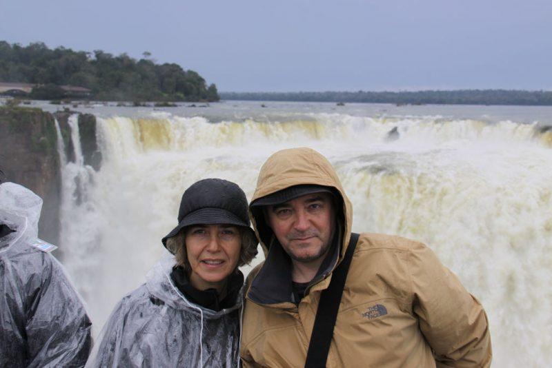 Pilar y Eduardo, ante la Garganta del Diablo