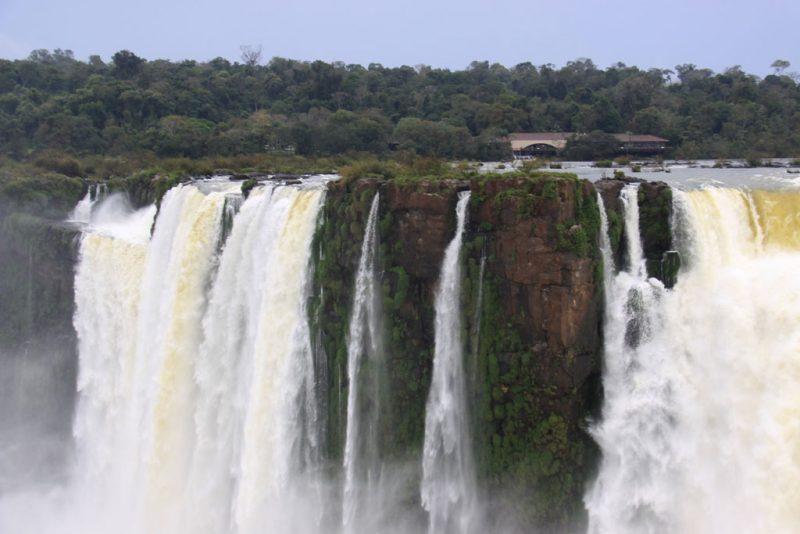 Saltos brasileños en la Garganta del Diablo 3