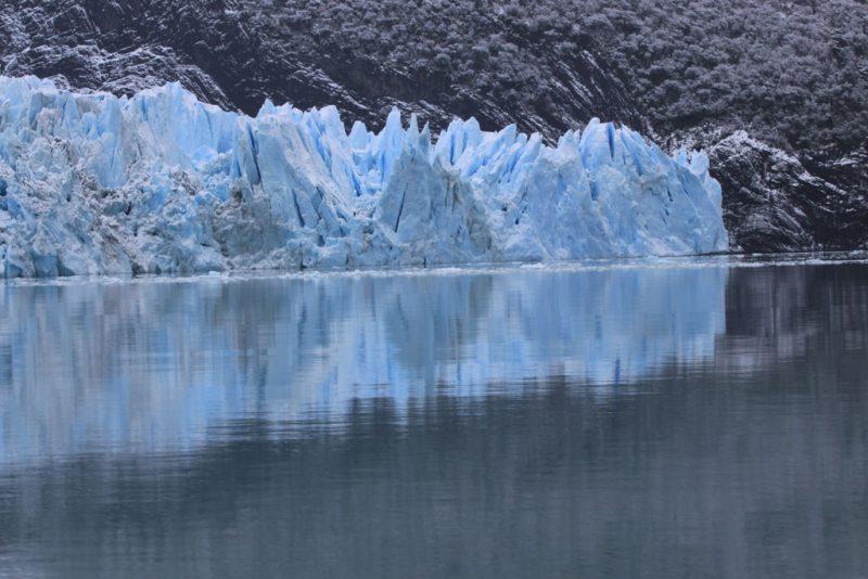 Puntas de hielo en el frente del Glaciar Spegazzini
