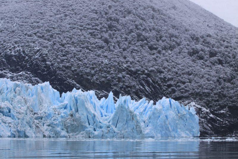 Azul y gris en el frente del Glaciar Spegazzini
