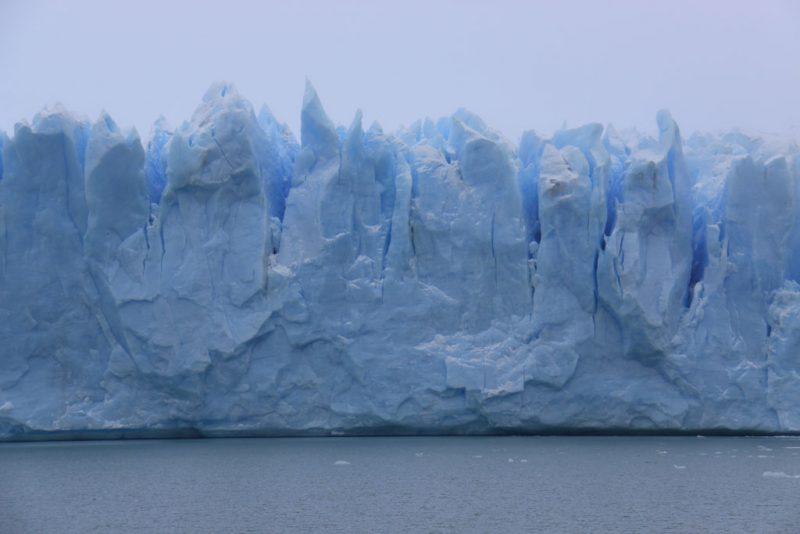 Formas del hielo en la cara norte del frente del Glaciar Perito Moreno