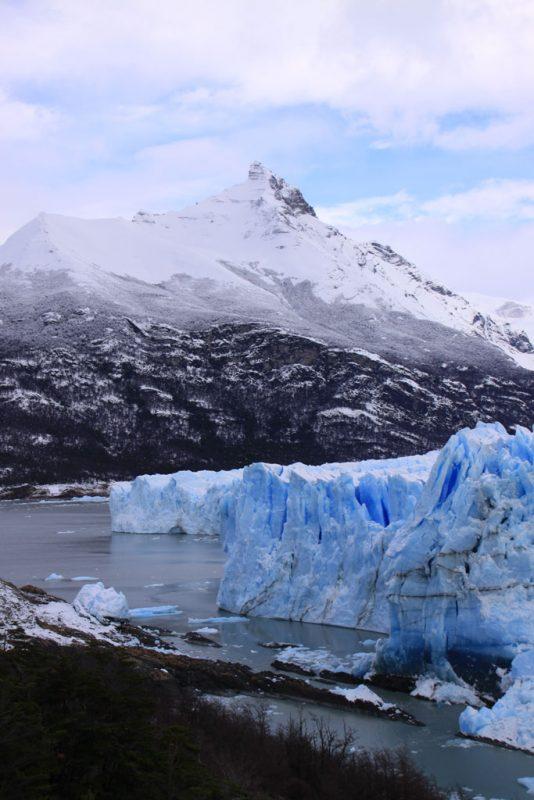 Otra vista de la cara sur del Glaciar Perito Moreno, con el cerro Moreno tras él