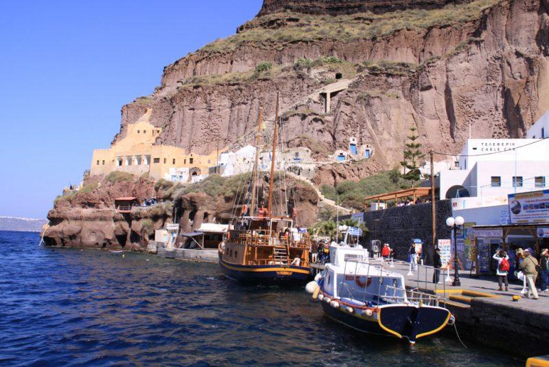 Skála Firón, el puerto de Firá, en Santorini