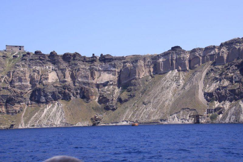 Vista de Santorini, a la vuelta de la isla de Néa Kaméni